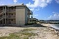 Abandoend Hotel (16119465067).jpg