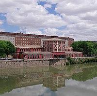 Across the Ebro - panoramio.jpg