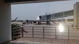 Birsa Munda Airport - Image: Aerobridge at Ranchi Airport