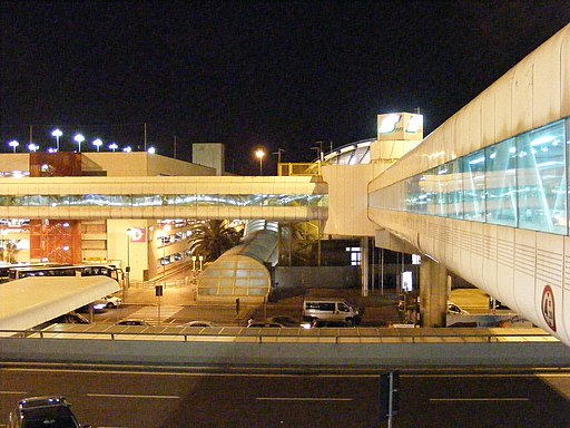 Aeroporto di Roma-Fiumicino - Skyway to the train station