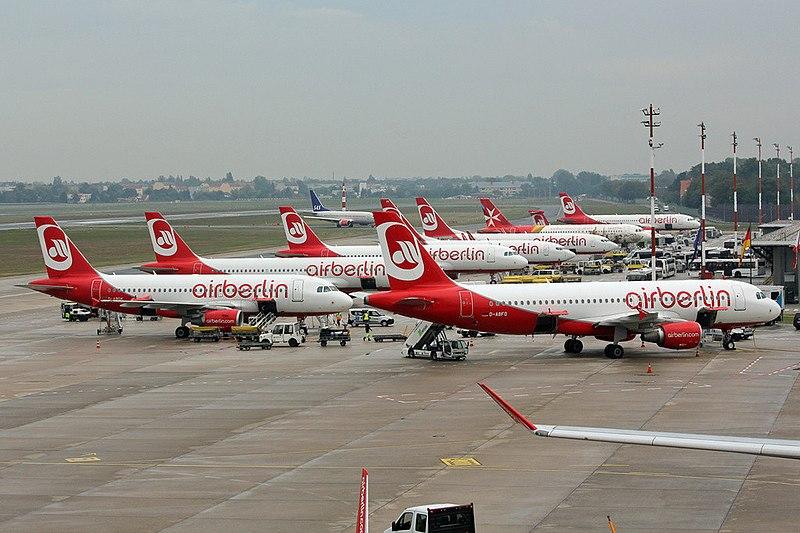 Airberlin aircraft at Berlin Tegel Airport.jpg
