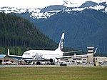 Alaska Airlines Boeing 737-890 (4920402207).jpg