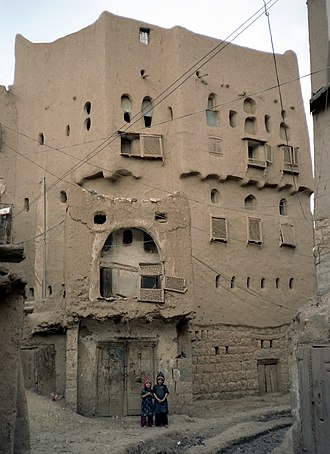 Mud - Mud house in Amran, Yemen