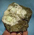 Apophyllite-Epistilbite-Chabazite-220552.jpg