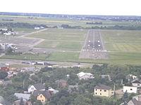 Approaching Aleksotas Airport (EYKS) Runway 27.JPG