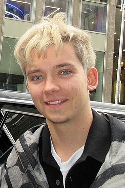 Asa Butterfield in 2019 (cropped).jpg