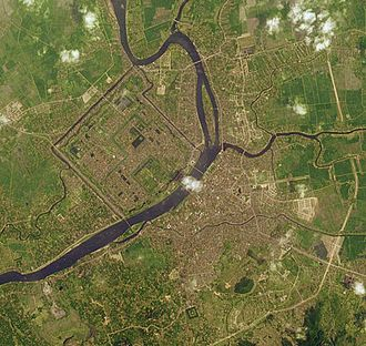 Huế - Satellite picture of the city and the Perfume River