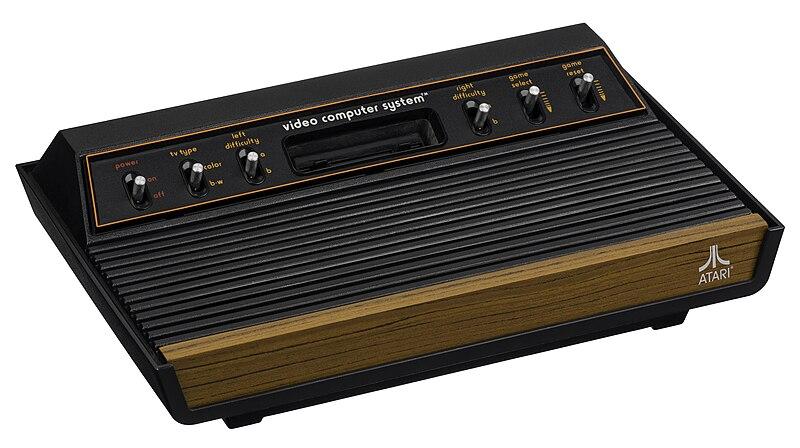 Ce qui vous a marqué durant votre enfance en 5 photos ! 800px-Atari-2600-Light-Sixer-FR