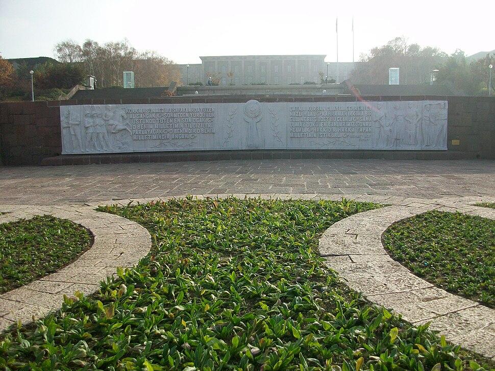 Atatürk Meydanı'ndan TBMM