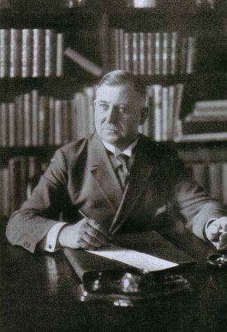 Datei:August Winnig 1920.JPG
