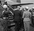 Australische Minister-President bij Drees Robert Menzie aankomst op Schiphol, Bestanddeelnr 905-1591.jpg
