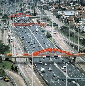 Avenida General Paz entre Cabildo y Panamericana