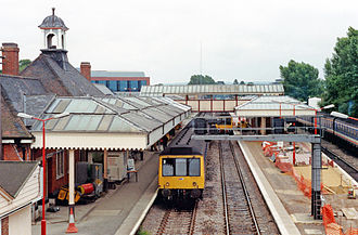 Aylesbury railway station - View of the platforms in 1991