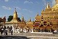 Bagan-Shwezigon-120-gje.jpg