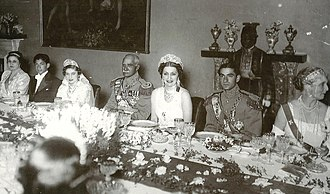 Mohammad Reza Pahlavi - Iranian and Egyptian imperial family after wedding in Saadabad Palace, Tehran