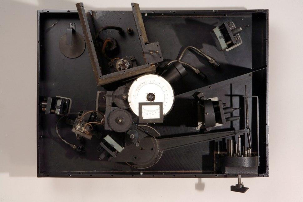 Beckman Ir-1 Spectrophotometer, ca. 1941