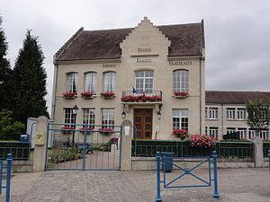 Belleu - The town hall of Belleu