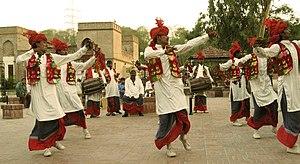 Lungi - Bhangra dancers in lungi