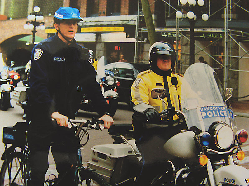 File:Bikecops.jpg