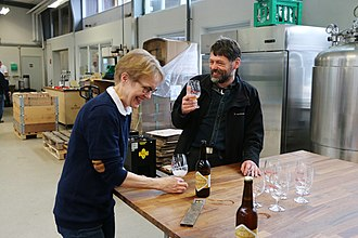 Bryggeriet Skands - Skands and museum inspector Peter Steen Henriksen from National Museum testing The Egtved Girl's Brew at the brewery