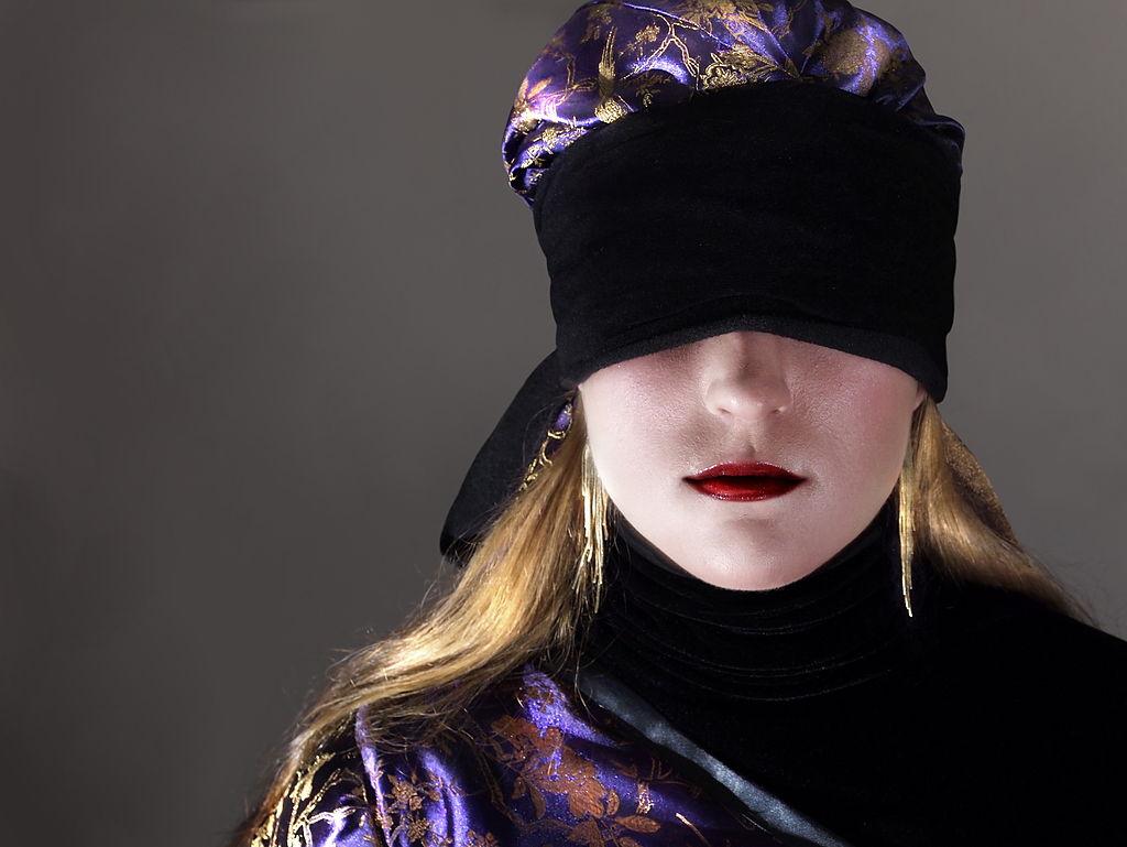 Blindfold hat