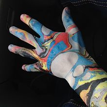 Body marbling on hand