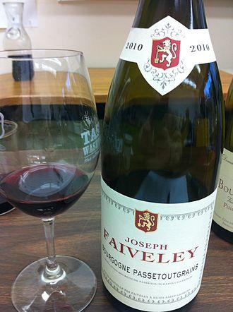 Bourgogne Passe-Tout-Grains AOC - A Passe-Tout-Grains wine produced by Joseph Faiveley.