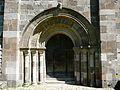 Bredons église portail (1).jpg
