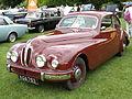 Bristol 401 1950-52 (14701069632).jpg