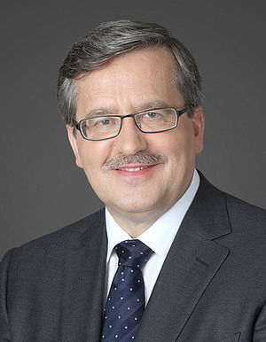 Polish presidential election, 2010 - Image: Bronisław Komorowski official cropped