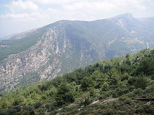 Bsharri District - Image: Bsharridistrictmount ains