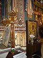 Bucuresti, Romania, Biserica Sfantul Gheorghe Nou (interior cu cruce si icoana), B-II-m-A-18225.JPG
