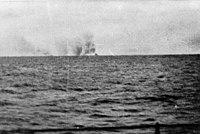 Bundesarchiv Bild 146-1998-035-05, Schlachtschiff Bismarck, Seegefecht.jpg
