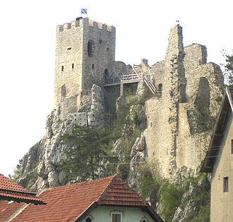 Pfahl (Bavarian Forest) - Ruins of Weißenstein Castle, built on the Pfahl