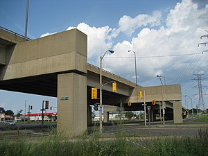 Parkdale Avenue (Hamilton, Ontario) - Burlington Street East overpass