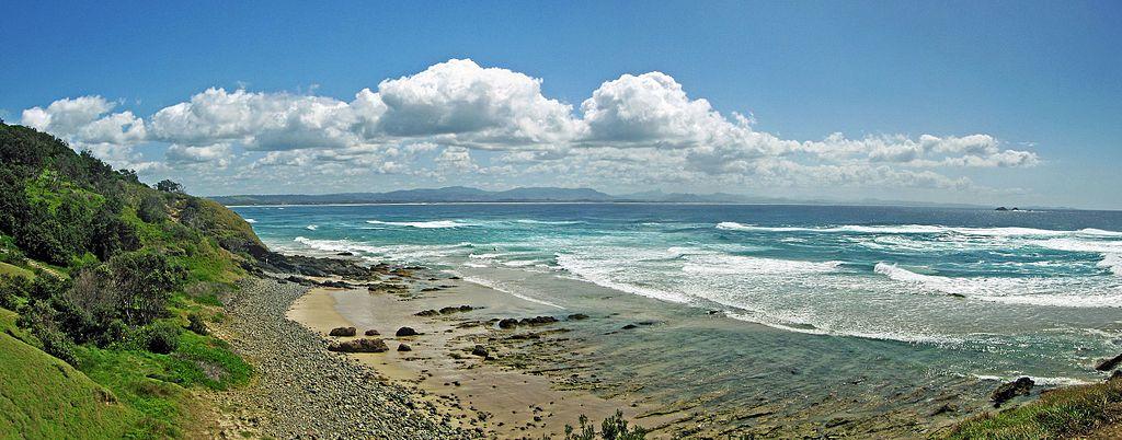 Byron Bay Mountains and costline - Flickr - GregTheBusker