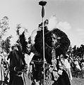 COLLECTIE TROPENMUSEUM Portret van een Luo krijger tijdens een dans op de Eldoret Agricultural Show TMnr 20014546.jpg