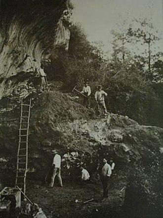Cap Blanc rock shelter - Image: Capblanc 1911