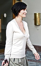 death Carrie anne moss