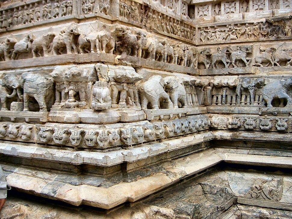 Carved elephants on the walls of Jagdish Mandir