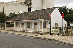 Casa Navarro State Historic Site in 2009.jpg