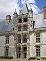 Châteaudun - château, aile Longueville (01).jpg
