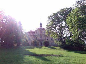 Château Trpísty - Image: Chateau trpist garden