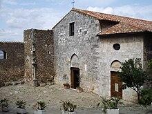 Veduta della chiesa di San Giorgio a Montemerano