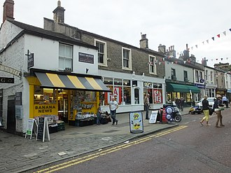 Listed buildings in Clitheroe - Image: Clitheroe Swan & Royal 8803