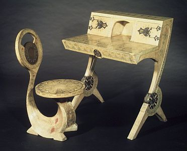 Cobra Chair and Writing Desk.
