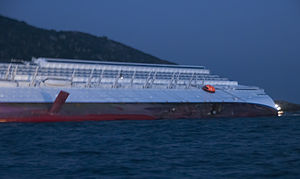 Collision of Costa Concordia 18.jpg