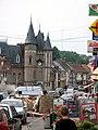 Corbie rue principale (avec mairie et monument aux morts).jpg