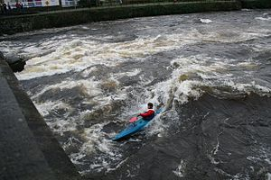 River Corrib - Surfing the large standing wave at O'Briens bridge