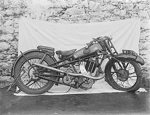 Cotton (motorcycle) - Cotton motorbike shown in 1930, after being involved in an accident.